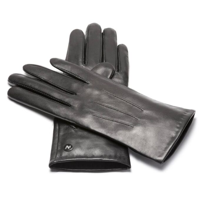 Classic black gloves for her
