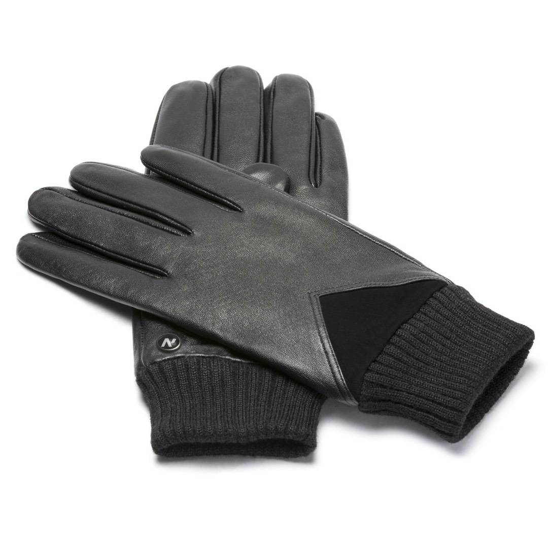 Black gloves with welts
