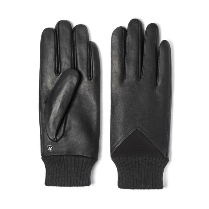 Gloves with welts