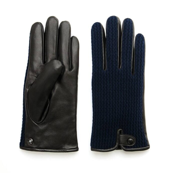 Leather gloves with wool