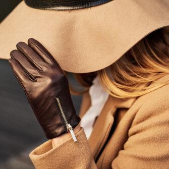 Brown glove with a zipper
