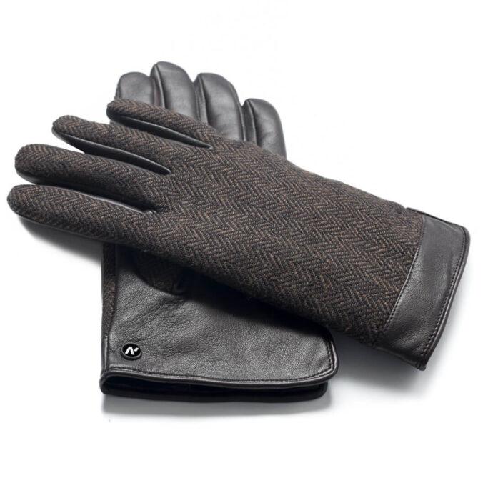 Stylish brown gloves for gentelmen