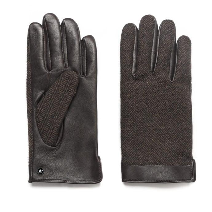 Elegant brown gloves for gentelmen