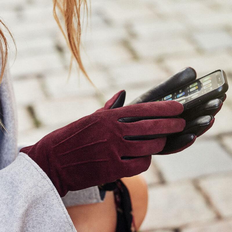 Womens gloves dark red