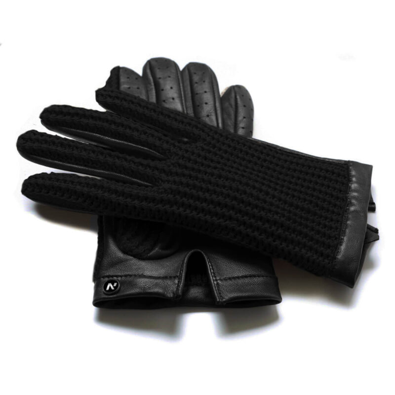 Black driving gloves made of leather and wool