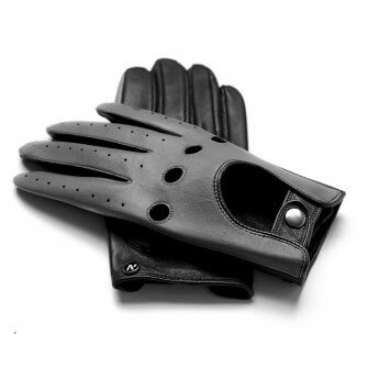 Perfect grey gloves for drivers