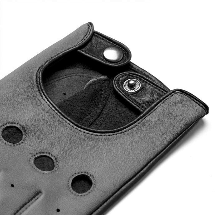Grey napoDRIVE details
