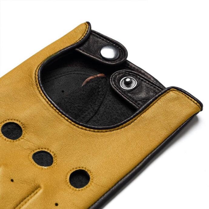 Yellow napoDRIVE details