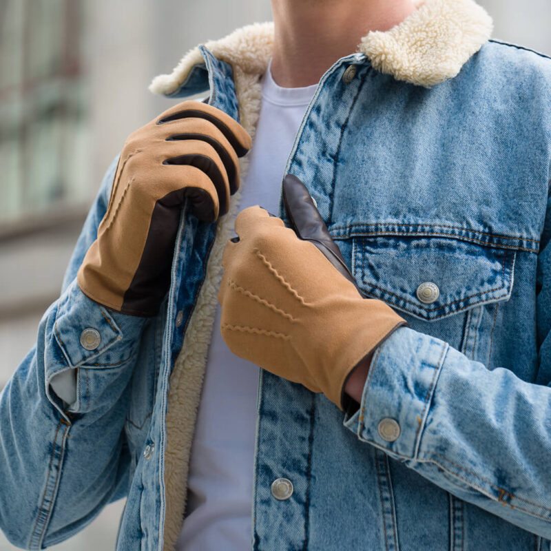 These gloves look great with a jeans jacket
