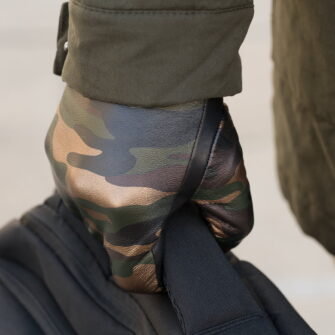 Men's camo gloves