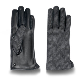Women's touchscreen gloves with lining made of eco leather