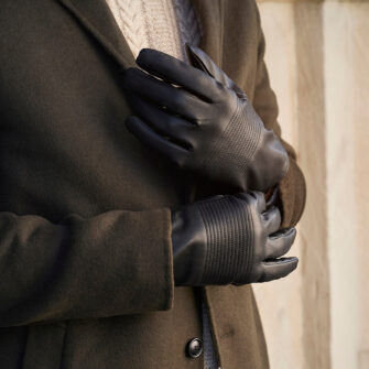 Black gloves with lining made of eco leather