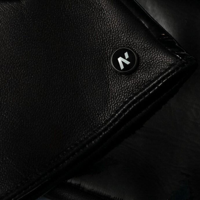 Black napoSHINE details